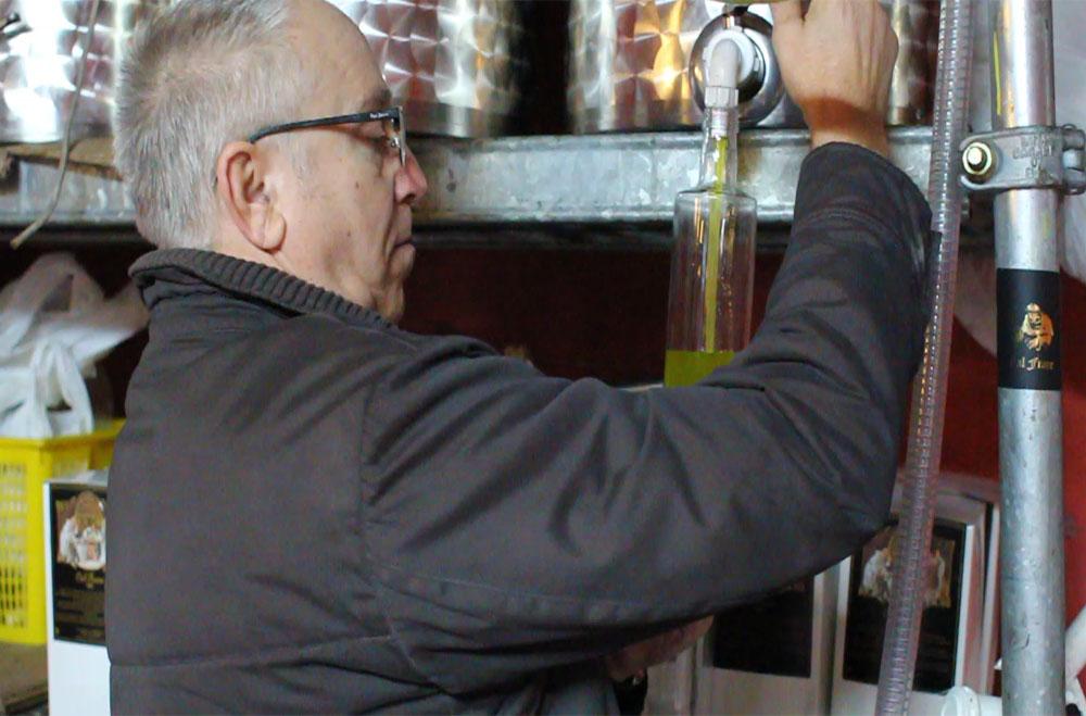 Cal Frare: Oli d'Oliva nou i exclusiu